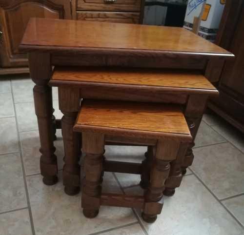 Table gigogne en chêne