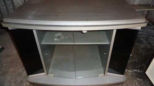 Meuble TV HiFi avec portes vitrées