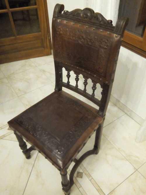 8 chaises style Henri 2