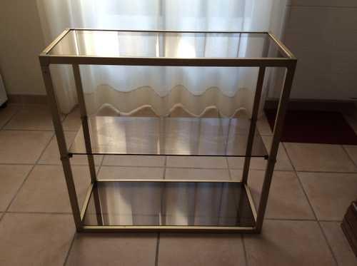Étagère métal et verre fumé je donne cette étagère
