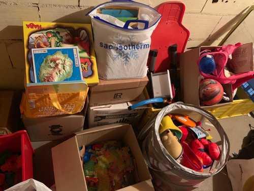 Multitude de jouets pour enfant (3-7ans)