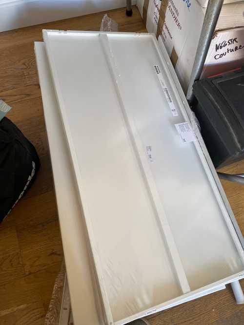Tablette boaxel IKEA