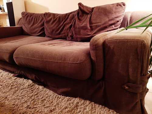 Canapé en tissu marron