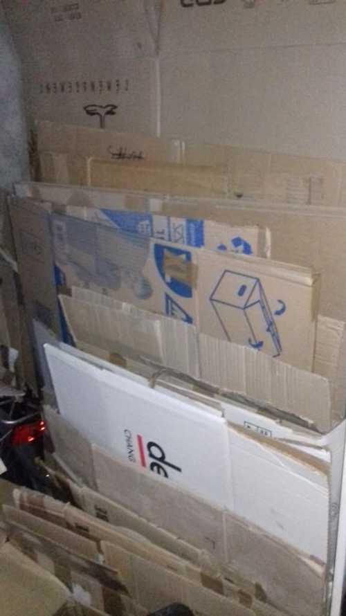 Cartons déménagement et bcp papier bulles