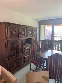 Buffet table et chaises