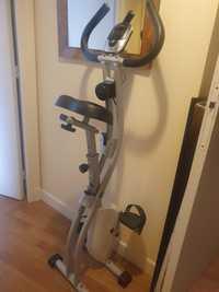 Donne vélo d'appartement pliable