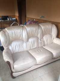 Canapé et 2 fauteuils en cuir