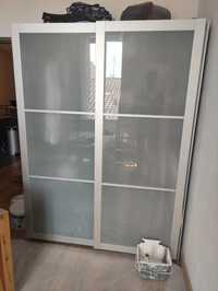 Armoire / penderie / portes vitrées Ikea